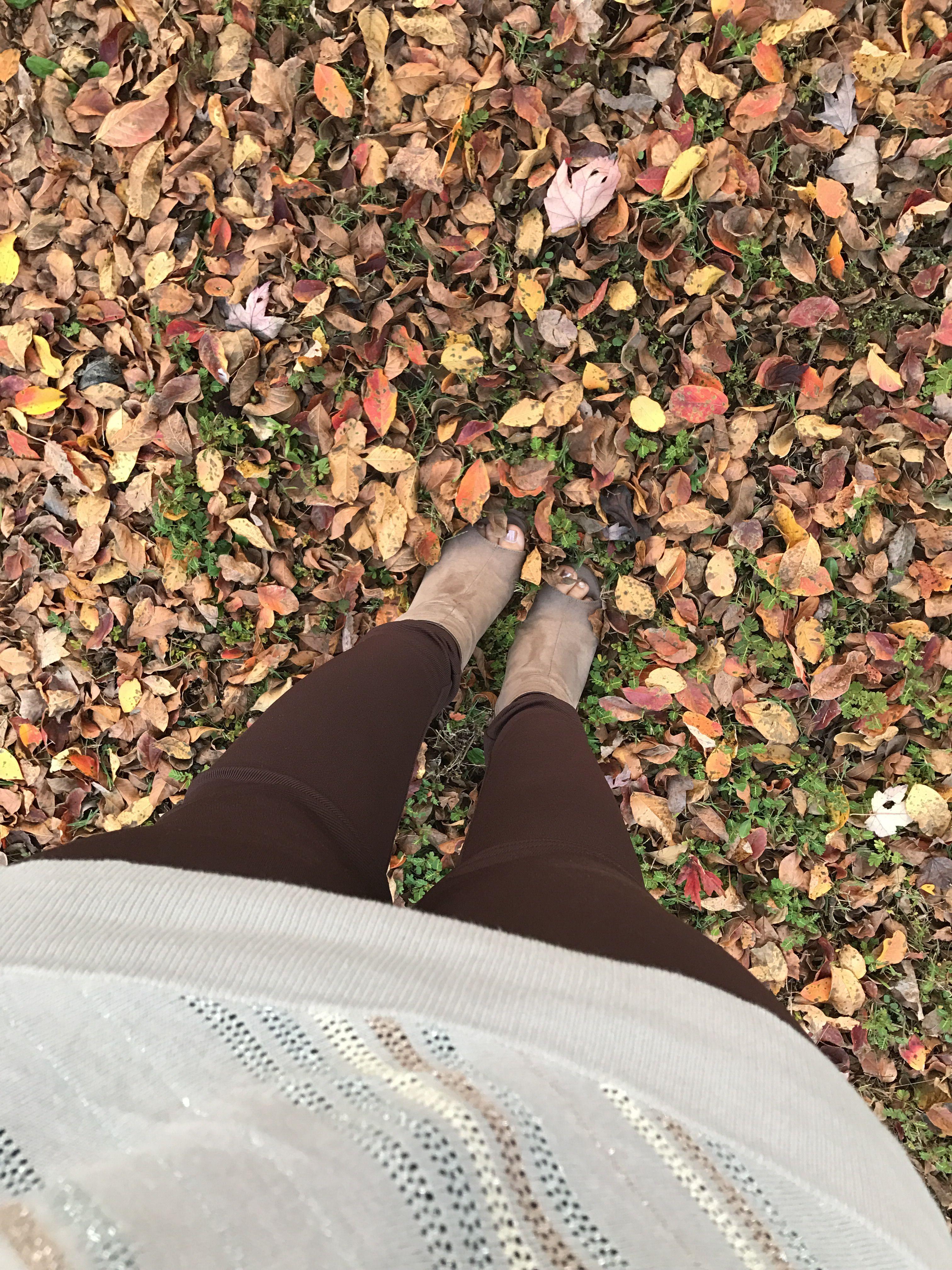 Fall fashion #booties #heelslover #fallfashion #fallcolors #fallstyle