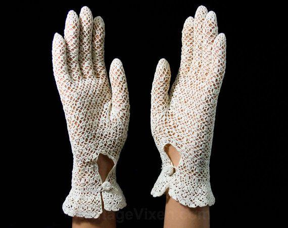 Perfect Ecru Crochet Gloves - Pair of 40s Gloves - 1940s Hand ...