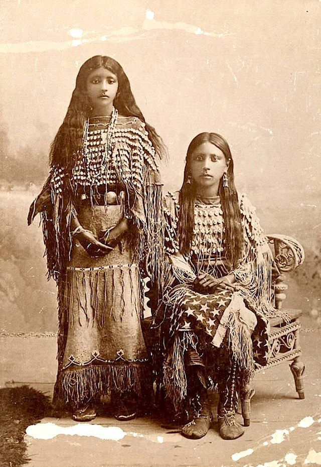 23 Photos and History Native American Names #nativeamericanindians