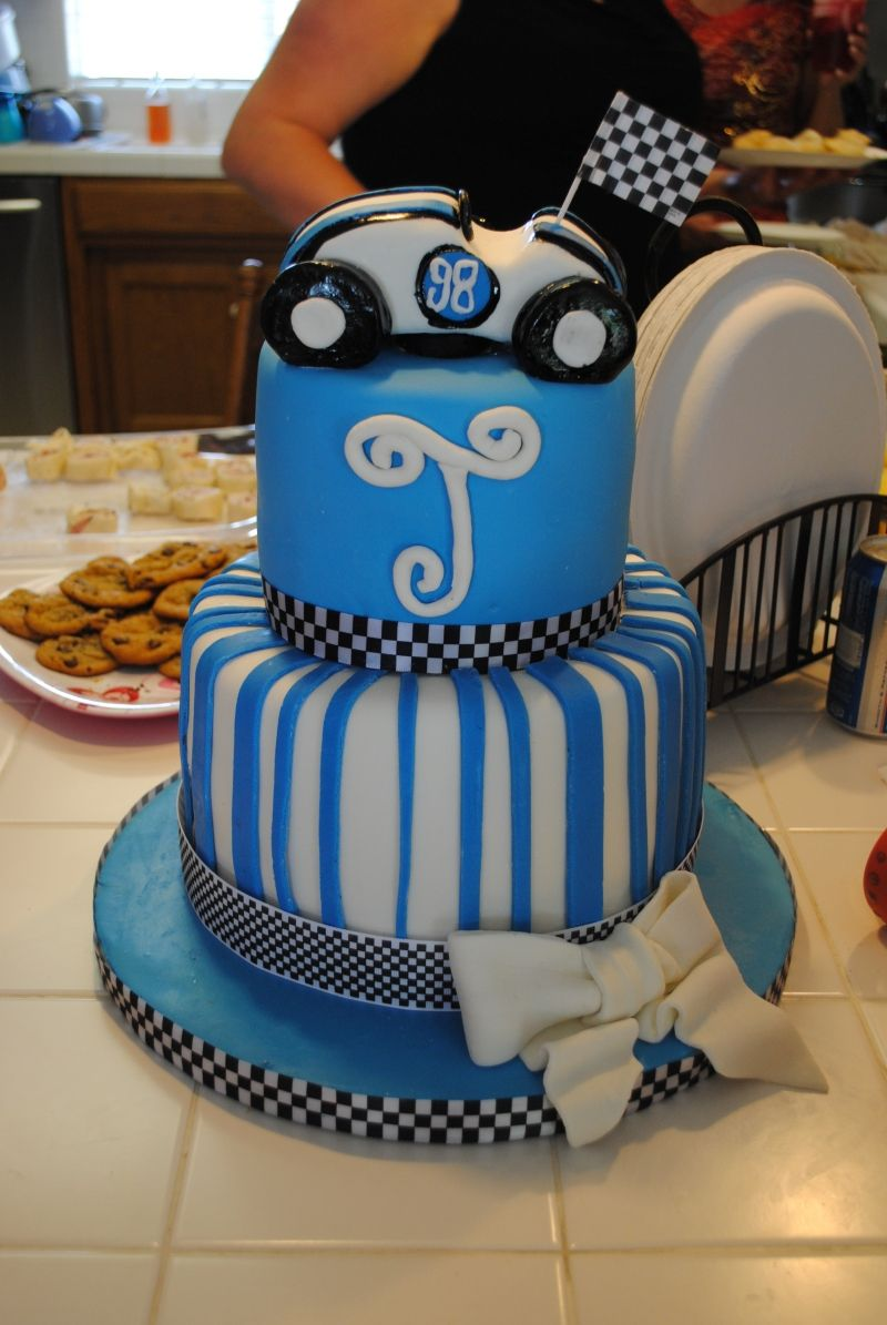 Race Car Cake Boy Cakes Baby Shower Cakes Baby Shower