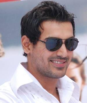 John Abraham Haircut John Abraham Zimbio Bollywood Actors