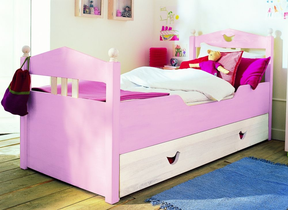 Toddler beds for girls 10 cool and neat kids beds for Cool furniture for kids