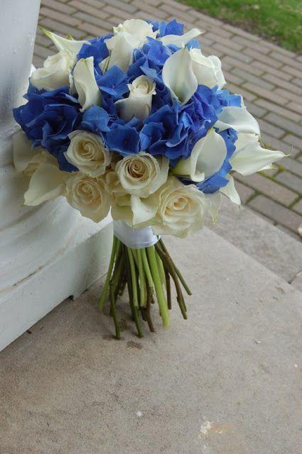 Pozytywne Inspiracje Slubne Niebieskie Bukiety Slubne Blue Wedding Flowers Blue Wedding Bouquet Calla Lily Bridal Bouquet