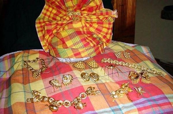 """Résultat de recherche d'images pour """"les différents bijoux traditionnels antillais"""""""