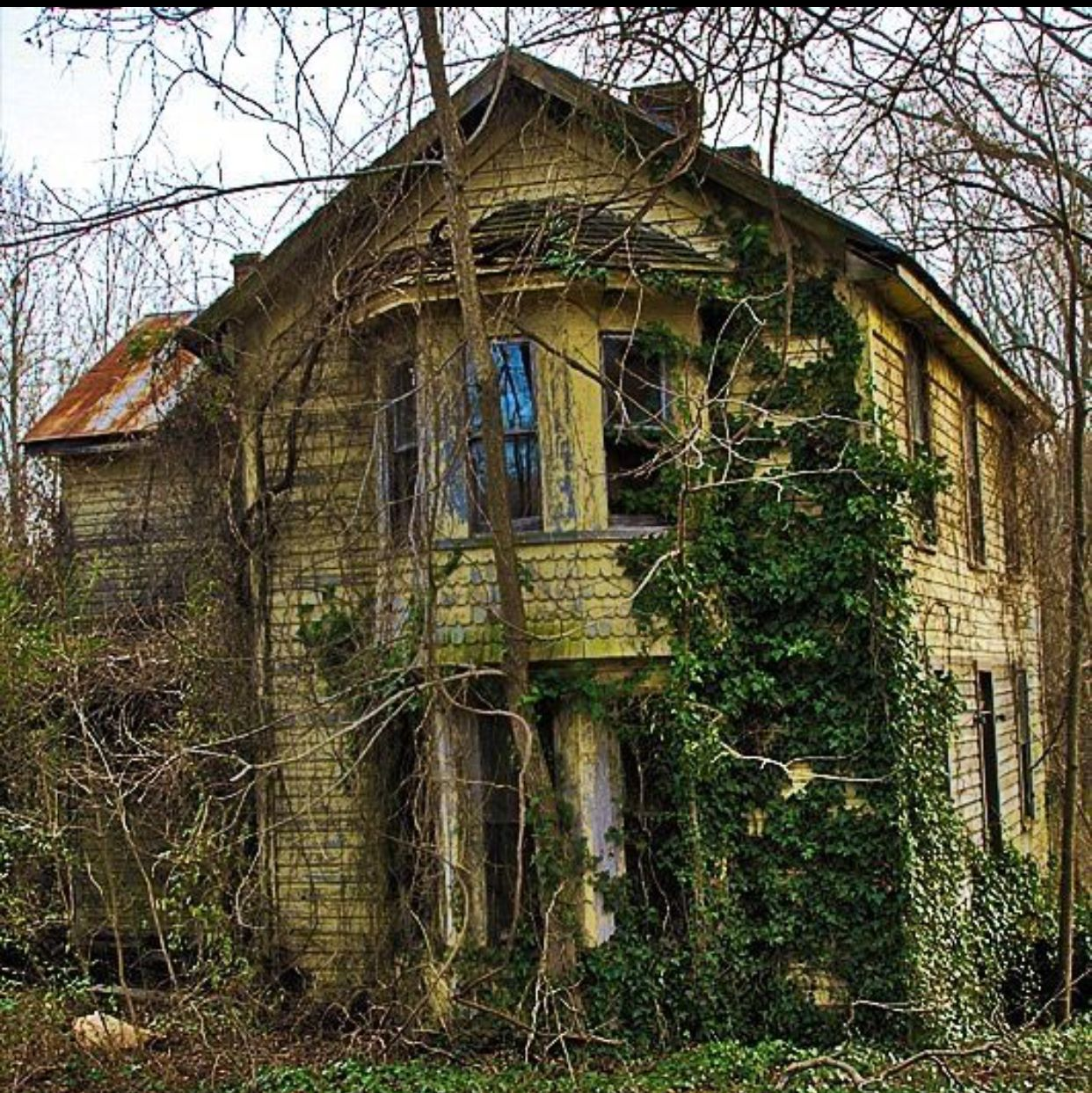 Pin By Shash On Old Houses
