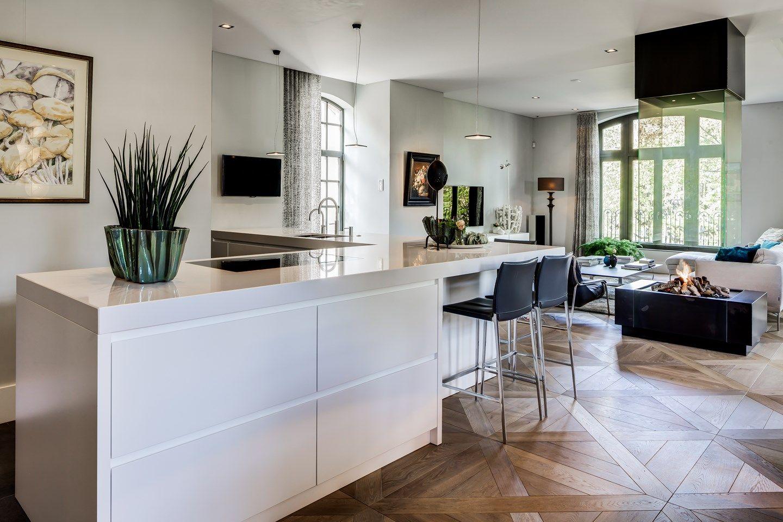 Roelfien vos interior design bespoken interior design kitchen
