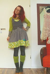 I'd love this outfit if it were in a different color... ~Snarky