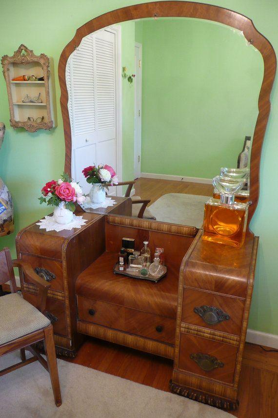 Lovely Deco Waterfall Vanity Mirror And Bench By Meritagemart 485 00 Art Deco Vanity Art Deco Furniture Antique Vanity