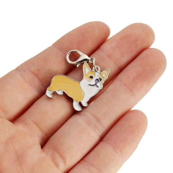 Always have a Corgi with you with this adorable Welsh Corgi keychain! FREE SHIPPING for a limited time! - Approximately 2.2cm x 2.4cm (see photo) - Red and White or TriColor available! - Unique and ad