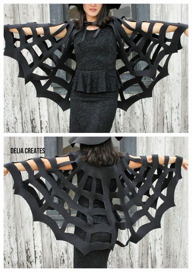 This spectacular cape is completely no-sew. #diyhalloweencostumes