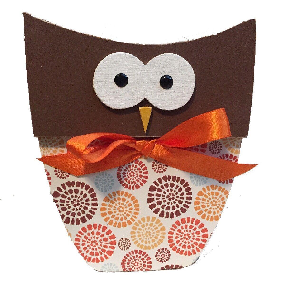 Loving this wood fall owl!