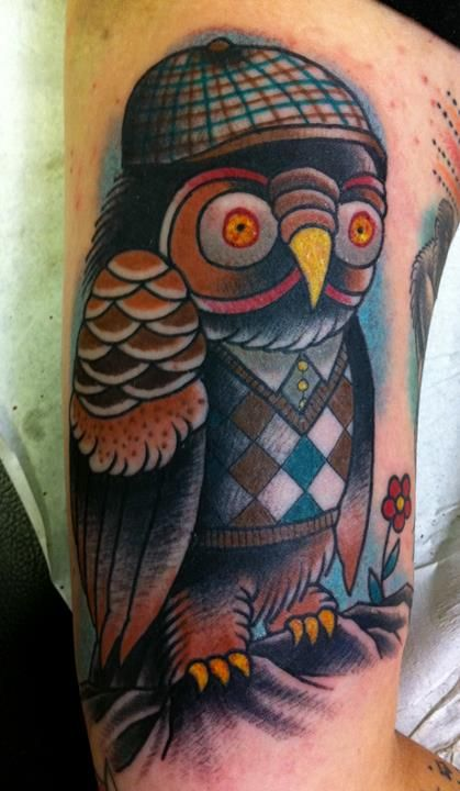 I like your beanie and vest little owl | Owl tattoo ...
