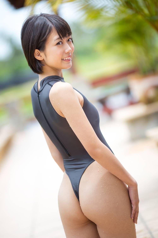 女子高生 西野小春 パンティー