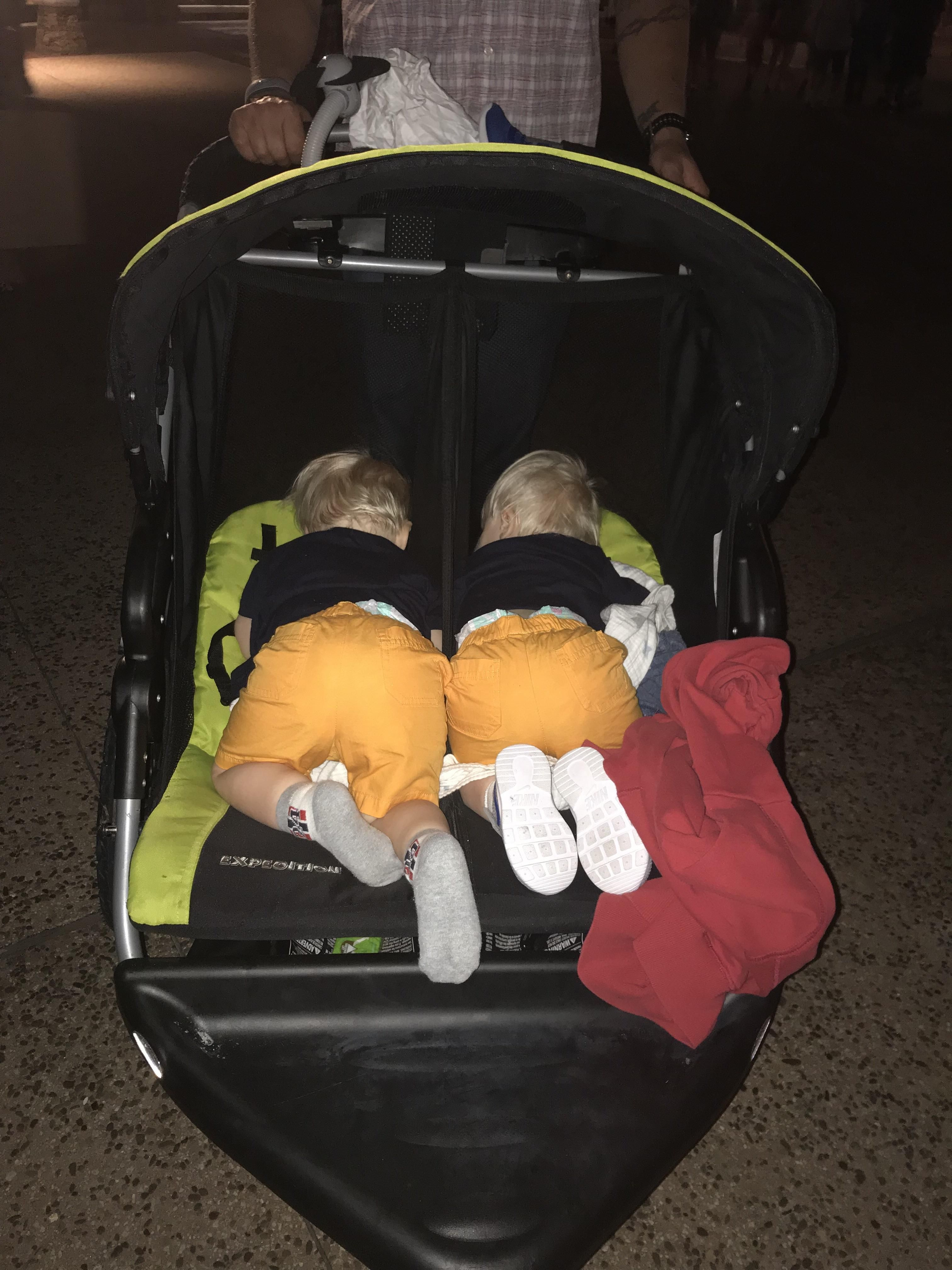 My twins fell asleep in their stroller http//ift.tt