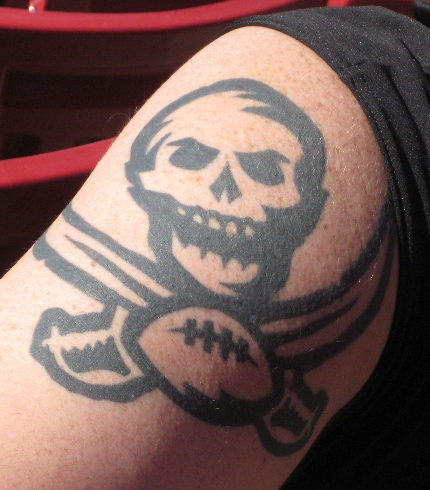 Tampa Bay Buccaneers Tattoos Images Google Search Tampa Bay Buccaneers Tattoo Images Buccaneers