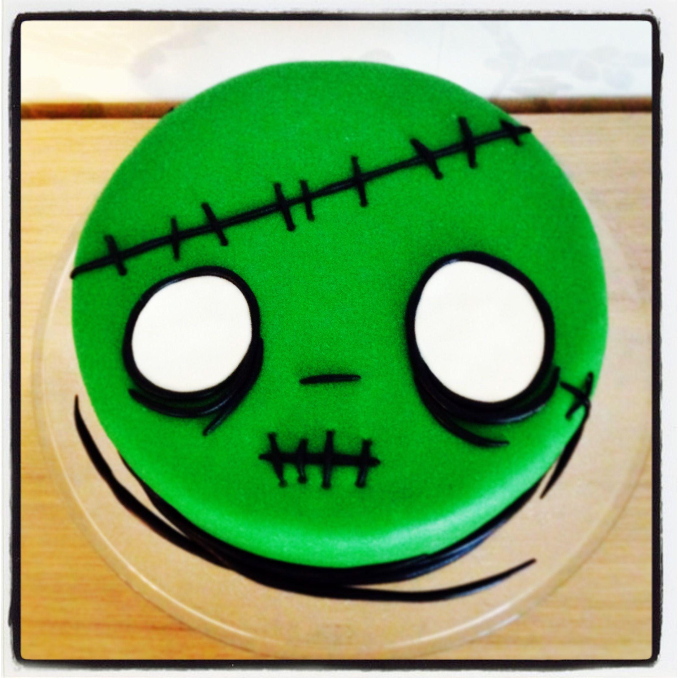 Zombie Cake With Images Zombie Cake Zombie Birthday Cakes