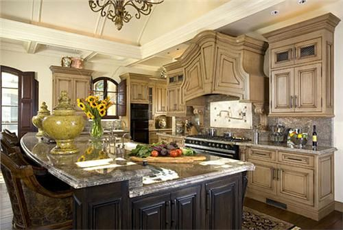 Traditional Victorian Colonial Kitchen By Mary Beth Holman Small French Country Kitchen French Country Kitchens Country Kitchen Decor
