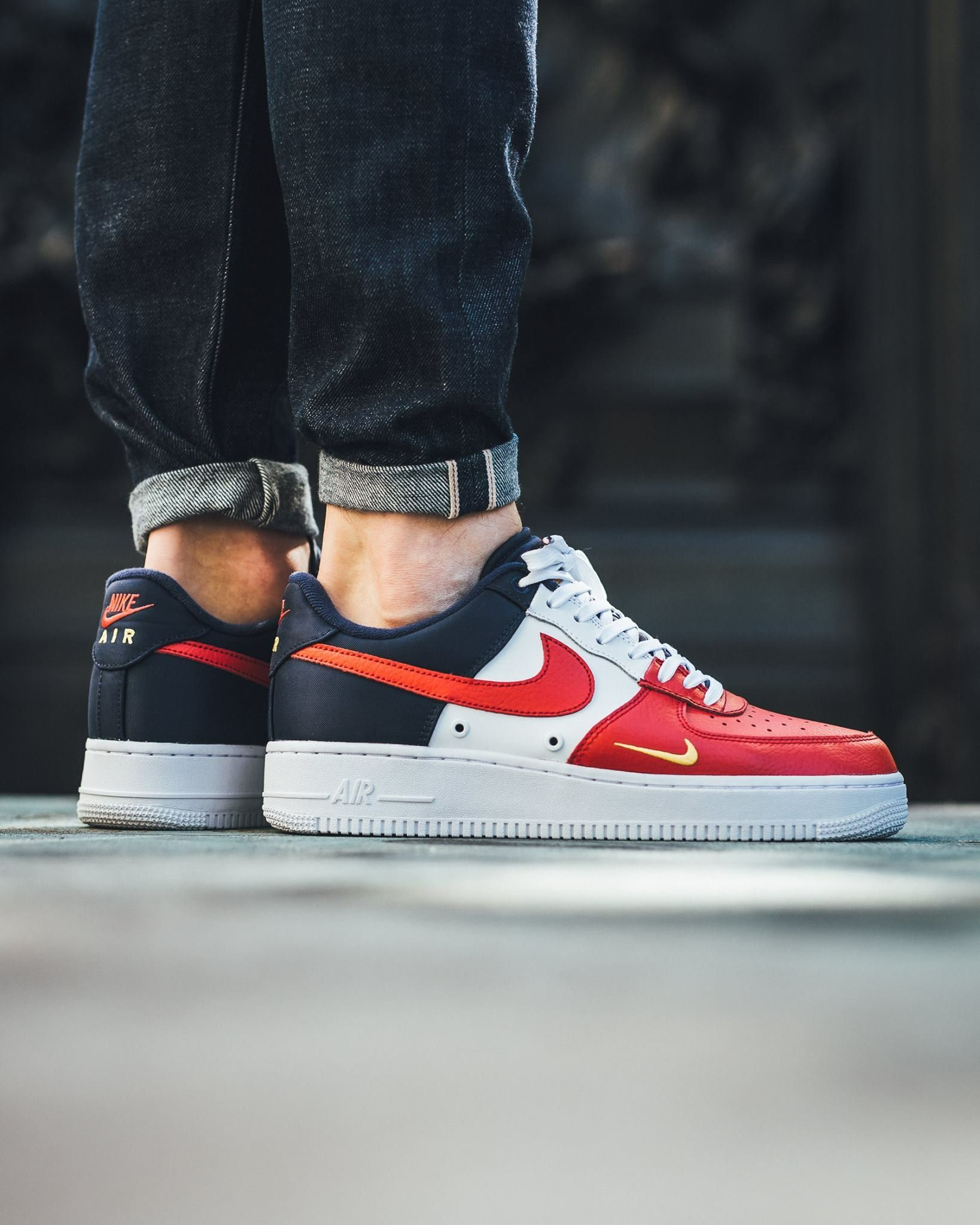 online retailer 0bea3 1395c Nike Air Force 1 LV07