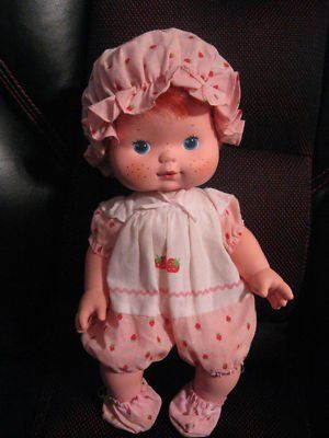 Baby Strawberry Shortcake This Doll Blew Kisses I Think This Is In