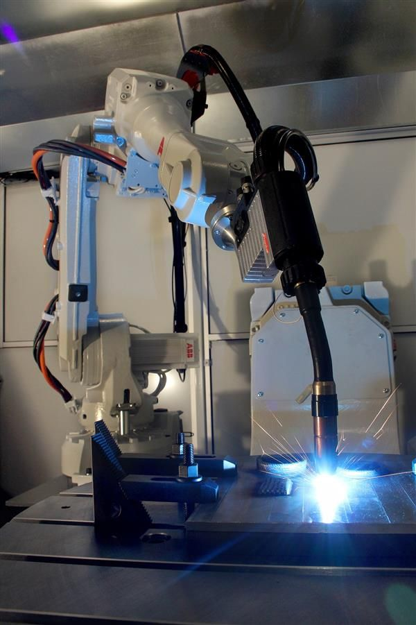 Delcam To Research Metal 3d Printing With New Abb Robot Arm And Powermill Robot Interface Metal Printing Robot Arm 3d Printing