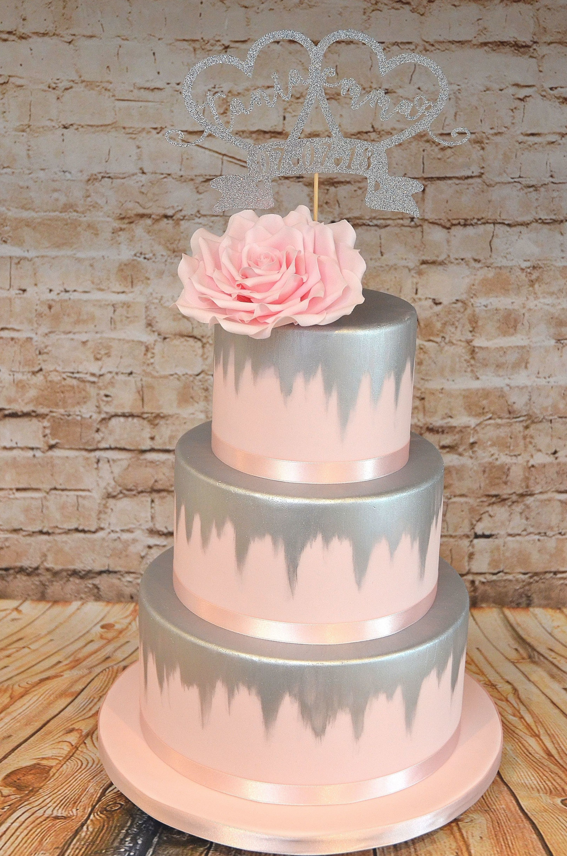 Pin By Halimakmarah On Surprise Cake In 2020 Silver Wedding Cake Pink Wedding Cake Wedding Cake Stands