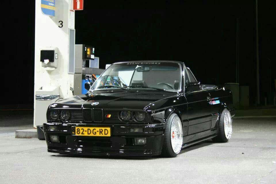 Bmw E30 M3 Cabrio Black Slammed Bmw E30 Cabrio Bmw E30 Bmw E30