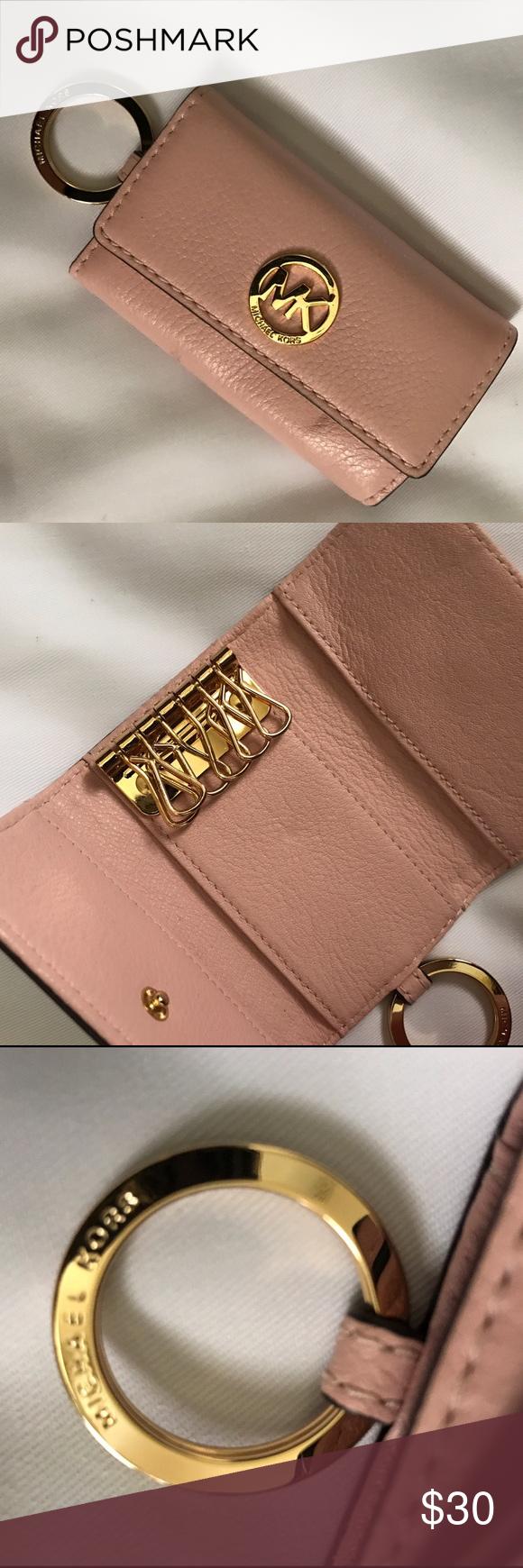 c7d02f5cc3cd Michael Kors Multiple Key Holder Baby pink leather key chain wallet. Gold  hardware. Slight mark