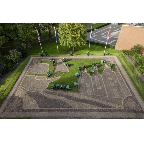"""KEUKENHOF 2016 : Découvrez """"Le siècle d'Or"""", thème de 2016, pour lequel les jardiniers de Keukenhof, aux Pays-Bas, planteront 7 millions de bulbes à fleurs d'automne dans le parc"""