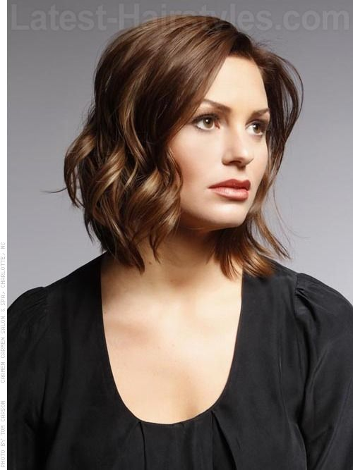 Easy Curling Hairstyles For Shoulder Length Hair : Medium curled ombre toned brown hair for heart shaped face hair