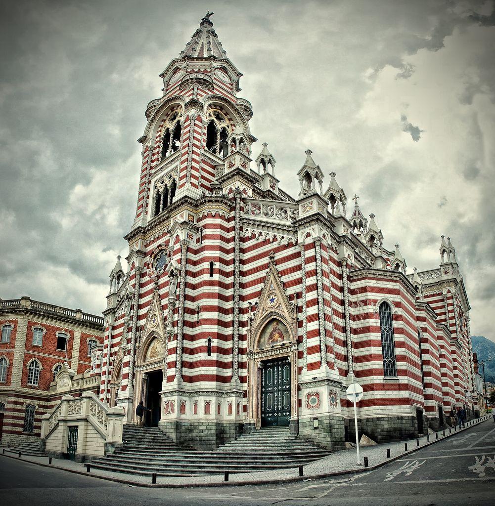 Risultato immagini per iglesia de Nuestra Señora del Carmen Bogotà