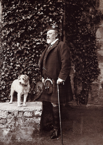 King Edward VII with his terrier Caesar, 1908, Caesar