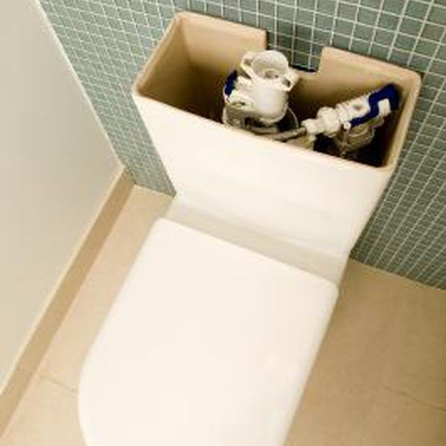 how to get rid of mold in a toilet tank with vinegar