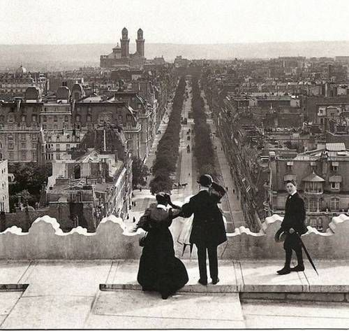 View from the Arc de Triomphe  on Avenue Kleber. Paris, ca. 1900.