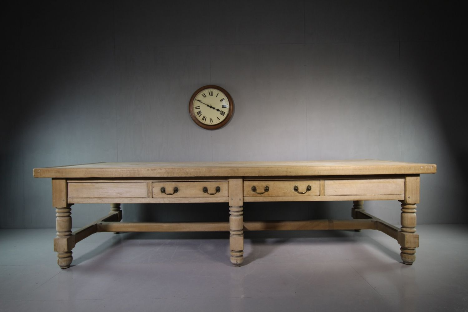 Massive Wroxhall Abbey Antique Preparation Table -miles-griffiths-antiques-IMG_6309 (1500x1000)_main_636269901771815860.jpg