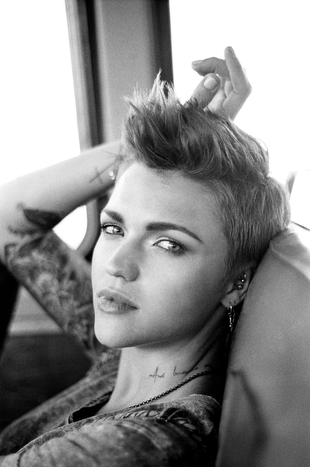 Pin by paola pessari on people u faces pinterest ruby rose rose