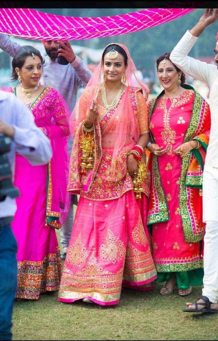Punjabi bride   Indian Weddings !!   Pinterest
