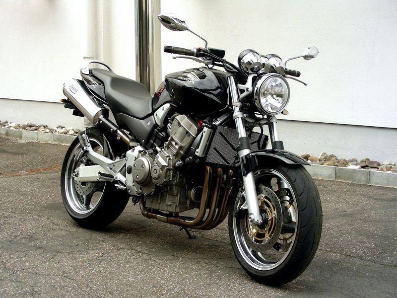 moto honda hornet 900