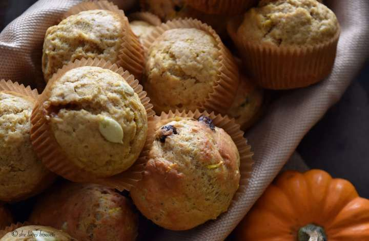 Dark Chocolate Chip Pumpkin Muffins | Pumpkin chocolate ...