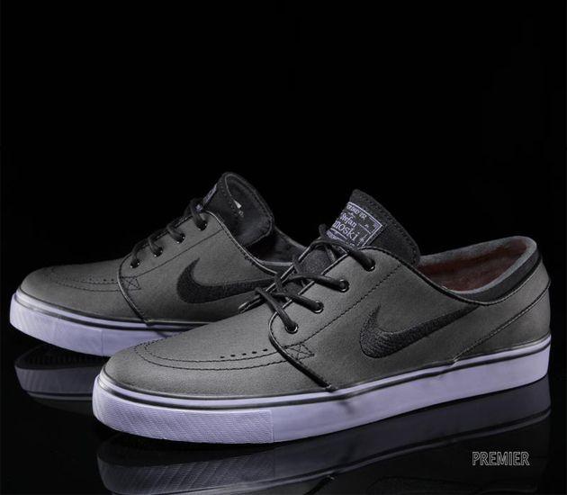 najlepsze buty nowe style dobra sprzedaż Nike SB Stefan Janoski Low - Black / Iron Purple | Sneakers ...