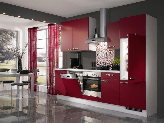 Cuisine Rouge Et Harmonisee Aux Accents Blancs 25 Idees Cuisine Rouge Et Gris Deco Cuisine Rouge Cuisine Rouge