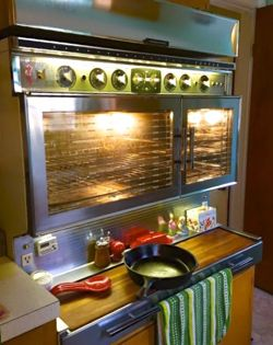 Jet Age Design The Tappan Fabulous 400 And Frigidaire Custom Imperial Flair Design Vintage Stoves Vintage Appliances