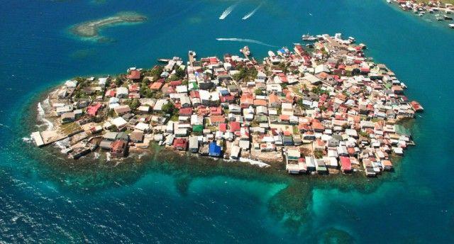 Guanaja Islas De La Bahia Honduras Central America Aerial