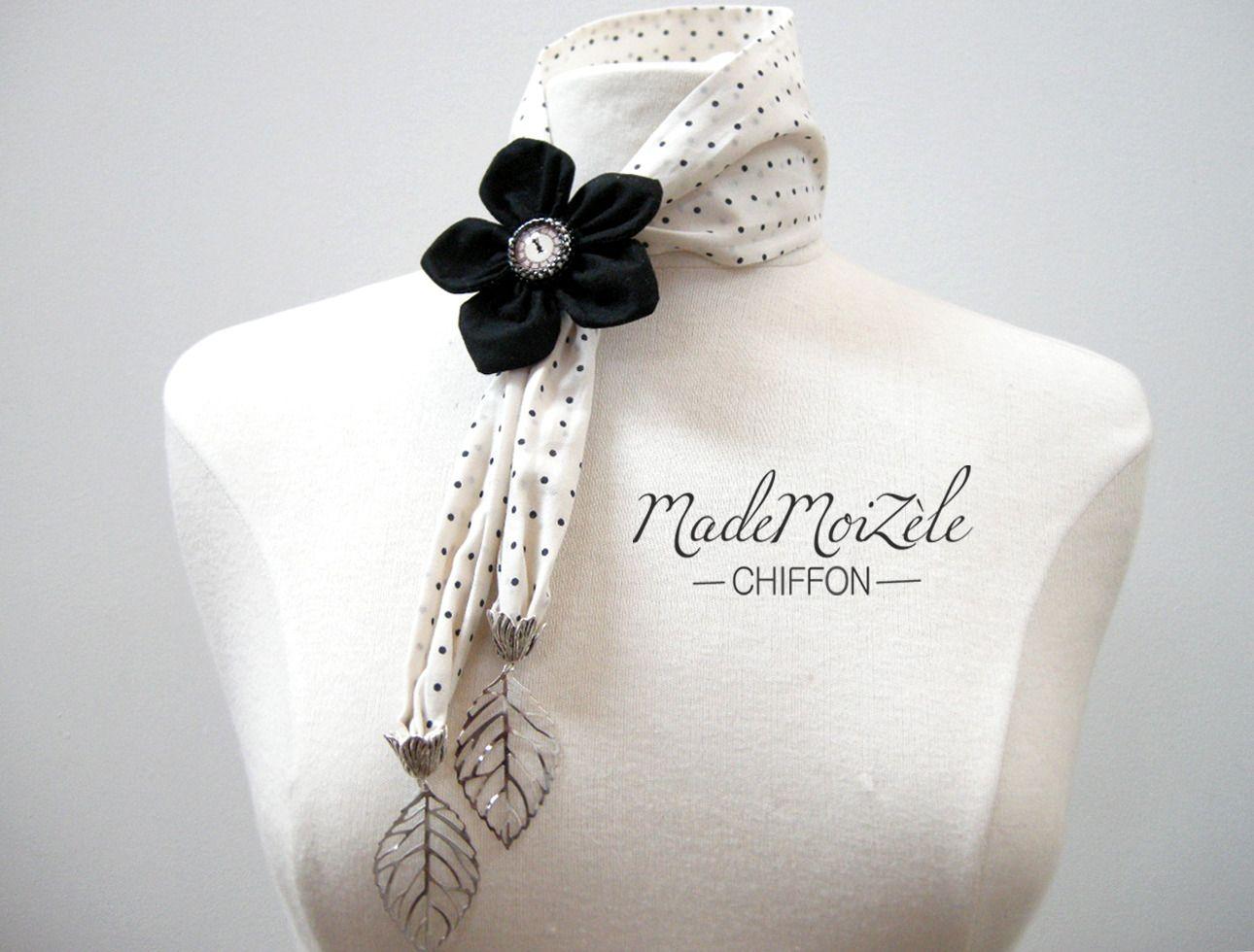 foulard col lavallière collier bijou tissus fleur écru, pois, noir,  cabochon horloge, breloque feuille argenté   Echarpe, foulard, cravate par  mademoizele- ... 0de75e0d6b3