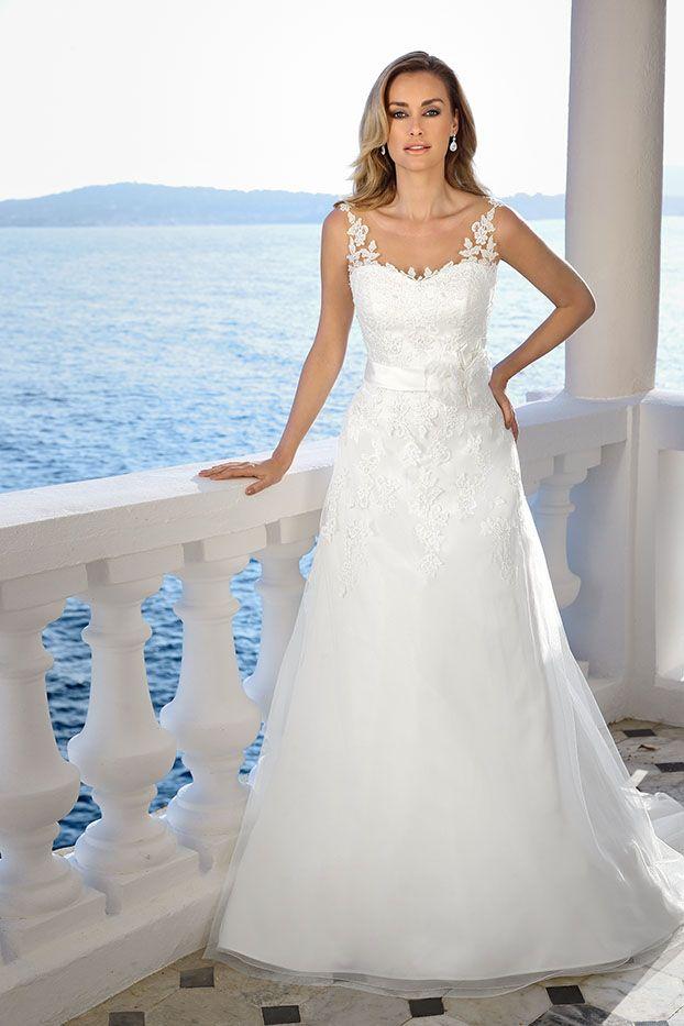 Prinzessin Brautkleid muss nicht immer tausende Tülllagen bedeuten ...