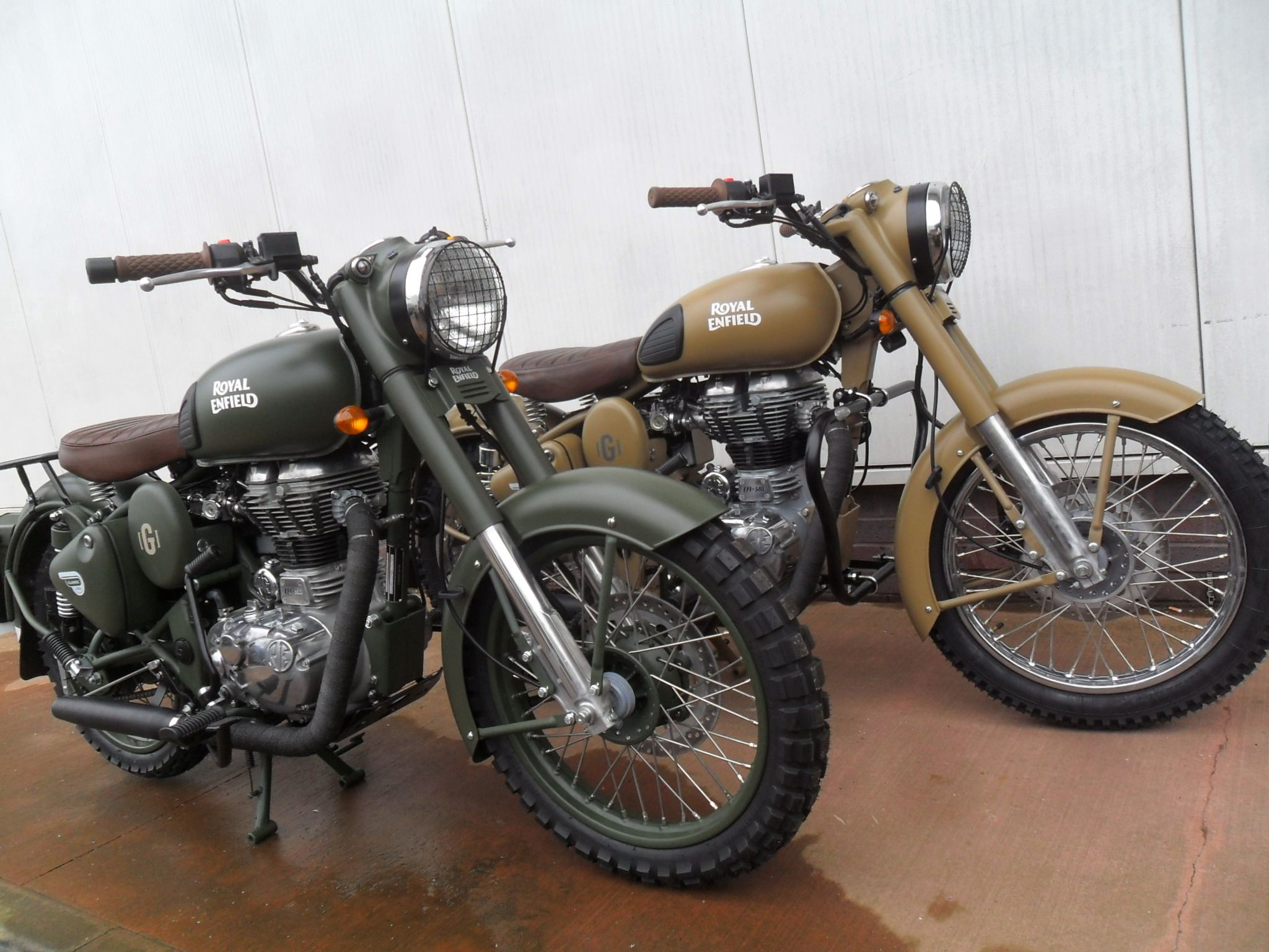royal enfield classic 500 desert storm by gusto used motorcycles edinburgh ian murray. Black Bedroom Furniture Sets. Home Design Ideas