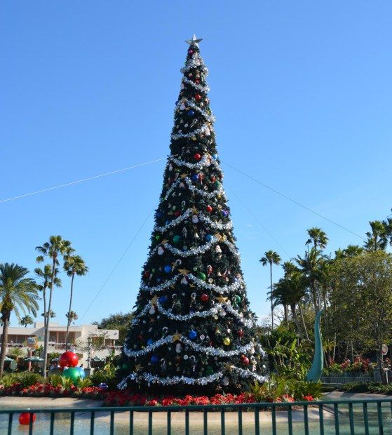 when does disneyland take down christmas decorations luxury when do - When Does Disneyland Take Down Christmas Decorations
