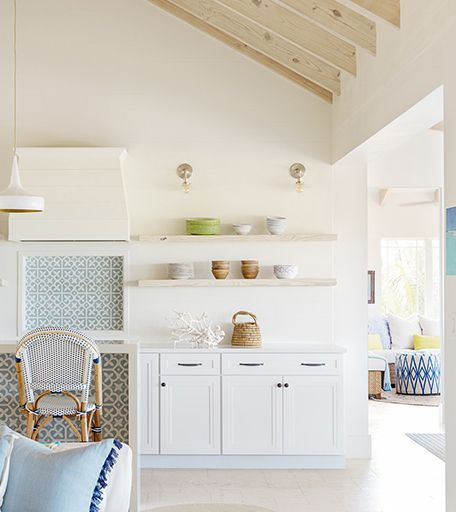 10 Spaces That Prove Why the All-White Kitchen Will Always ...