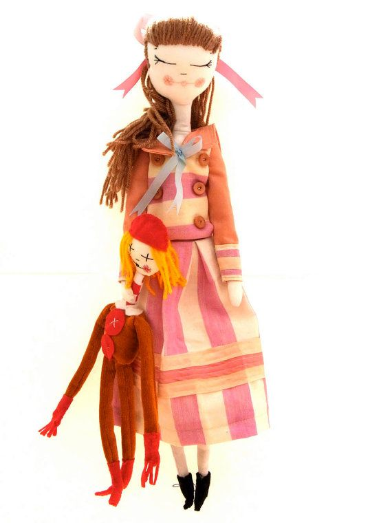 Jane Banks and valentine doll. par thecatintheshoe sur Etsy......Lucy Brasher   owner, maker, designer, curator.........the cat in the shoe...thecatintheshoe