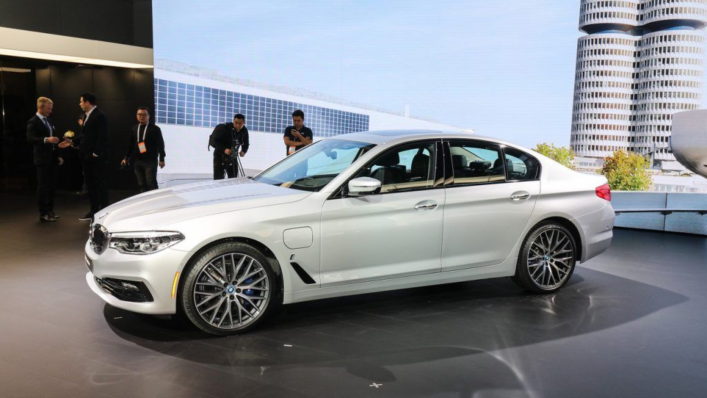 2018 Bmw 330e Iperformance Specs And Review