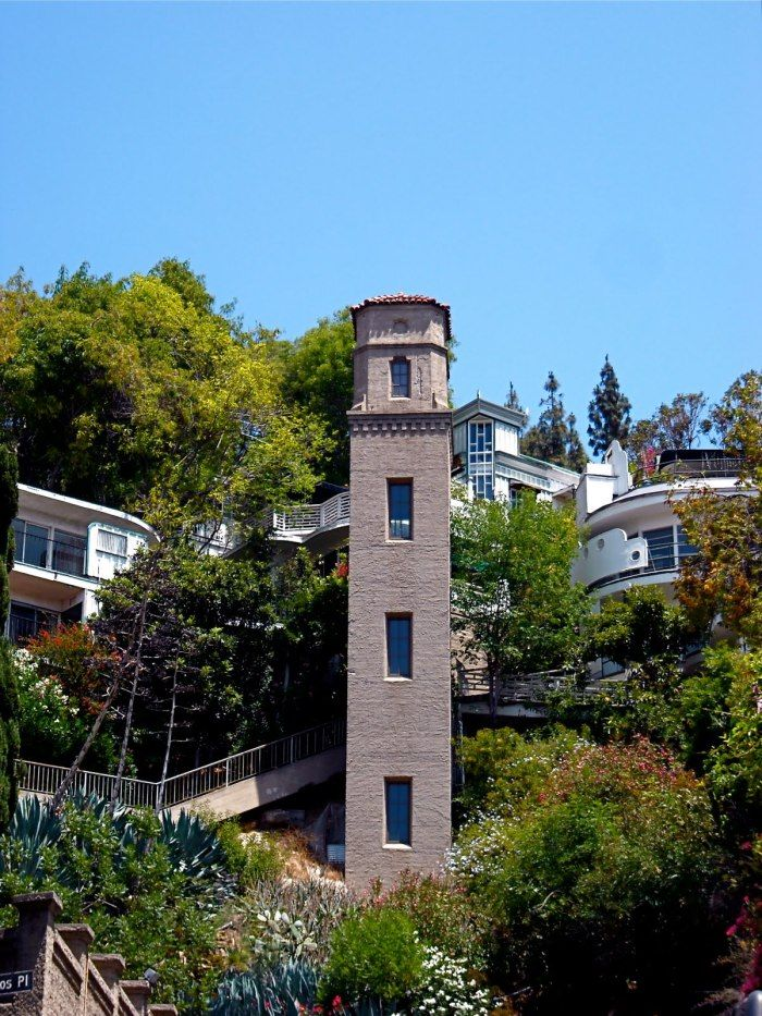 The Hollywood Hightower Is Located On High Tower Drive In